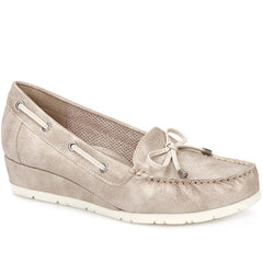 slip-on moccasin pump
