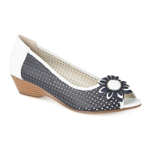 Open Toe Pump with Flower - SAND1900 / 135 753