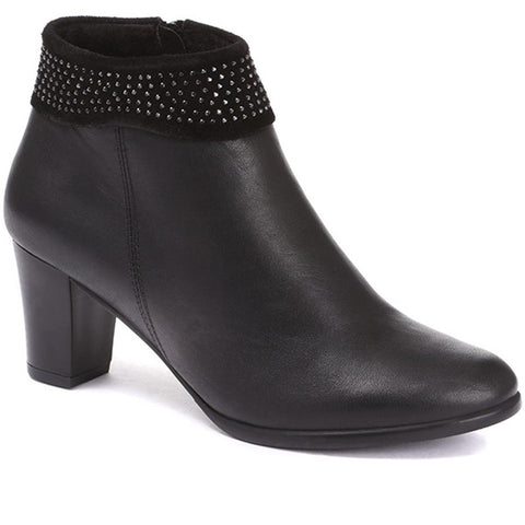 Embellished Leather Ankle Boot - OZKAN30000 / 317 041