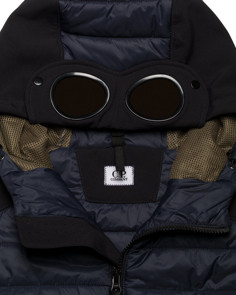 Gilet, Goggles