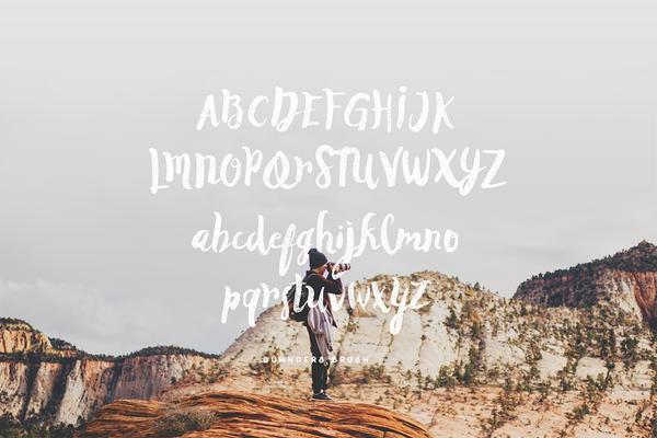 Duwhoers Brush Font - Design Resources
