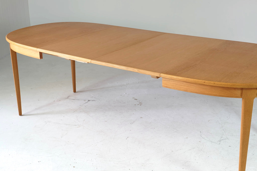 Large Extendable Carl Malmsten Dining Table in Oak (1802134.1)