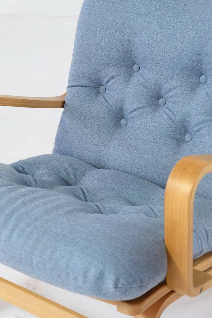 Yngve Ekström Lounge Chair in New Wool (1802172)