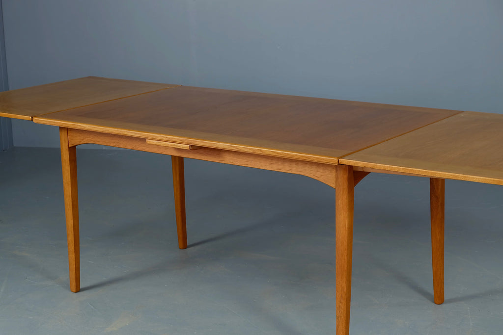 Carl Malmsten Extension Dining Table in Oak (1902013a)