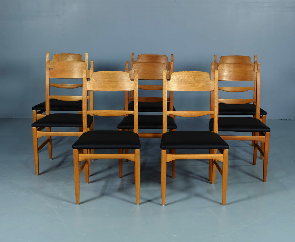 Set of Eight Malmsten Dining Chairs in Oak (1902014)