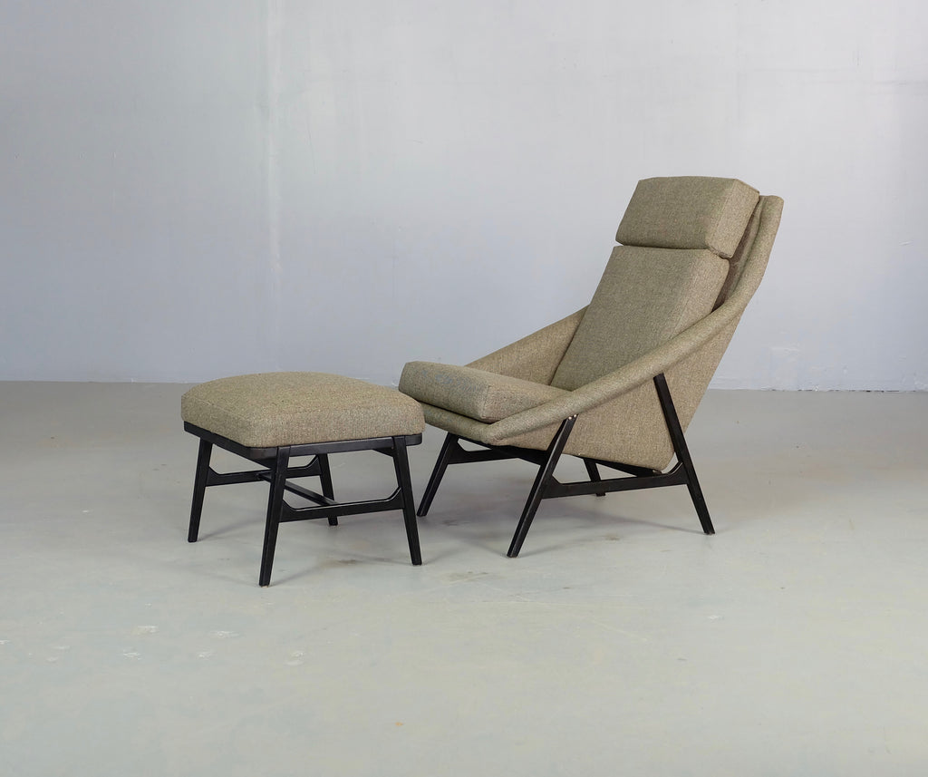 Gillis Lundgren Lounge Chair & Footstool (1902112)