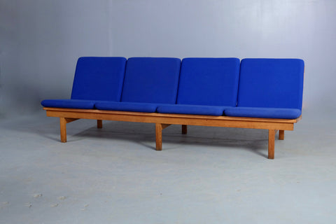 Børge Mogensen Sofa in European Oak & Wool (1902508)