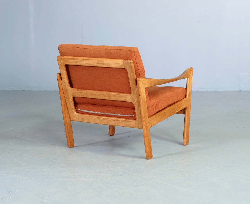 Illum Wikkelsø Model #20 Easy Chair (1903055)