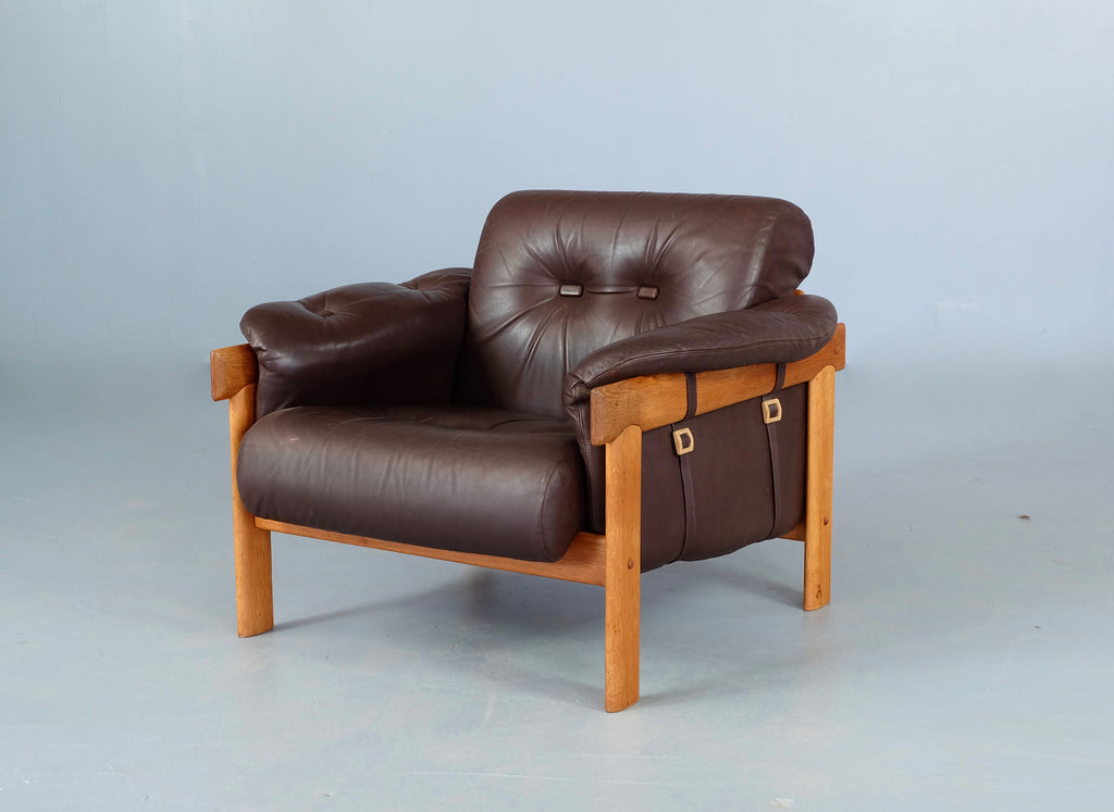 HW Klein Lounge Chair in Oak (1904002.2)