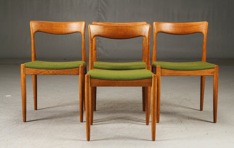 Four Spadeback Dining Chairs (1904025)