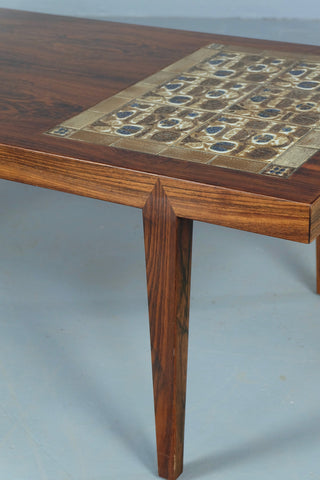 Haslev Coffee Table in Rosewood (1904FJ022)
