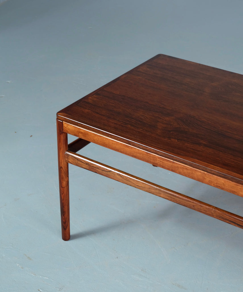 Johannes Andersen Coffee Table in Rosewood (1904FJ040)