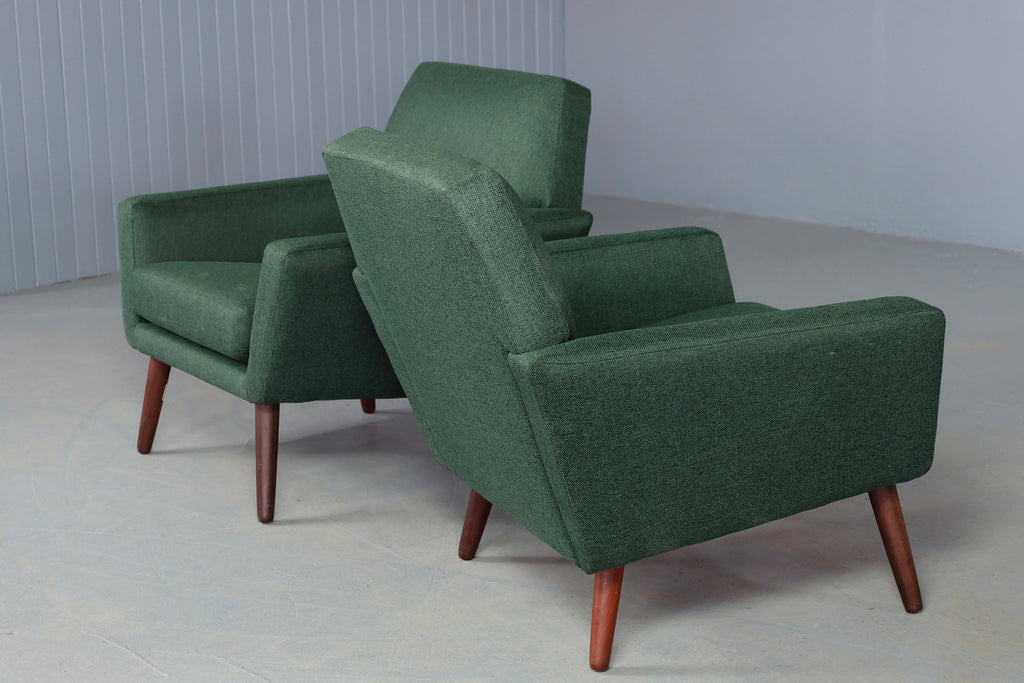 Pair of Folke Ohlsson Lounge Chairs (1904FJ104.1)