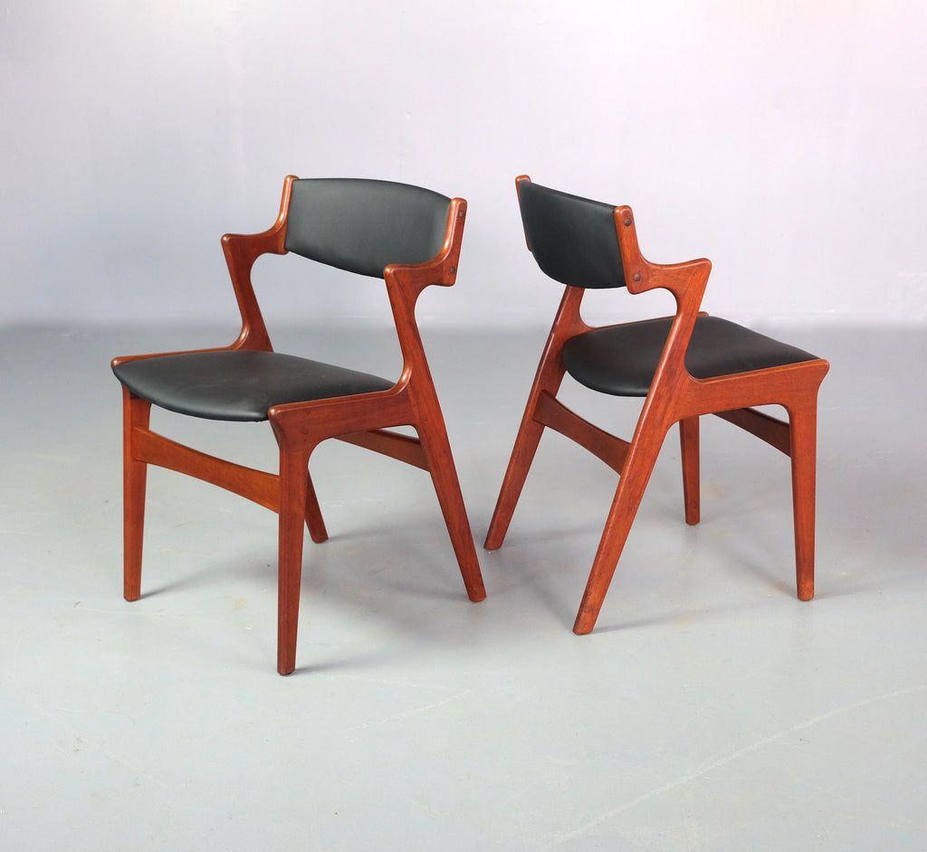 Four Danish Elbow Dining Chairs by Nova (2001070)