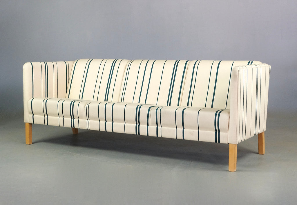 Erik Jørgensen Three Seater Sofa in Wool (2101915)