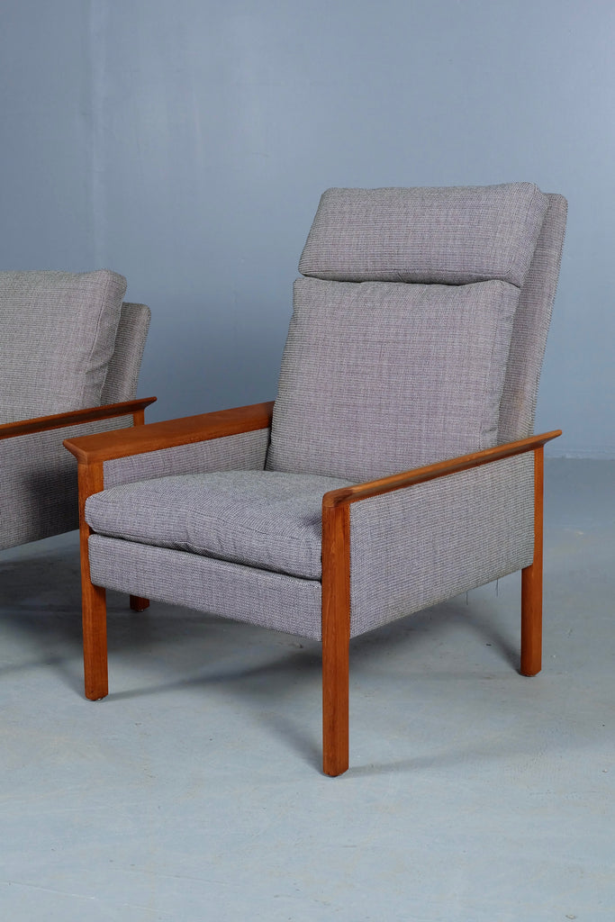 Pair of Hans Olsen Lounge Chairs (2001923)