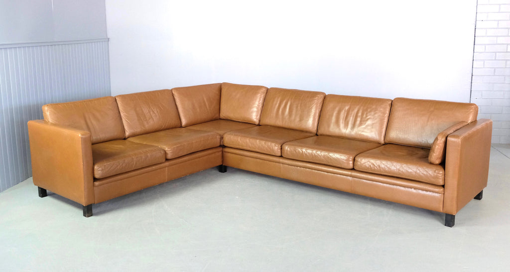 Danish Corner Sofa in Leather (2002015)