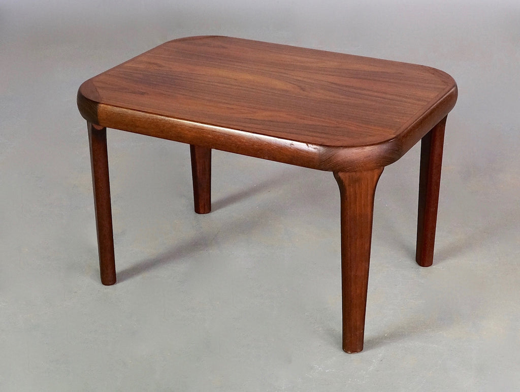 Danish Side Table in Rosewood (2002056)