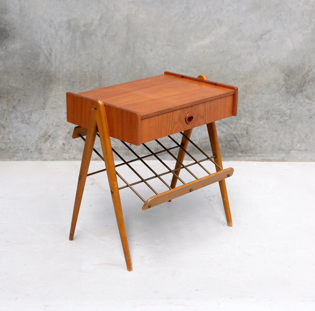 Danish Bedside Table in Teak (2002089)