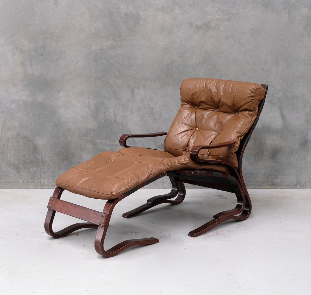 Oddvin Rykken Lounge Chair with Footstool (2002118)