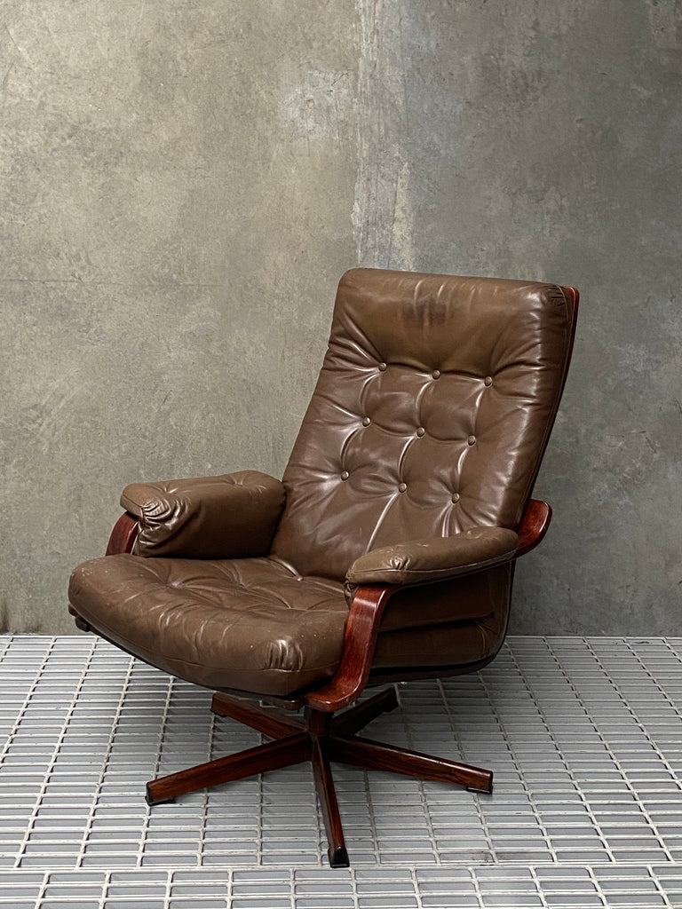 Danish Swivel High-Back Easy Chair (2003604BR)