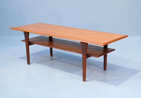 Danish Coffee Table in Teak (2004222)