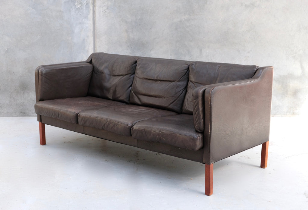 Danish Sofa in Brown Leather (2004924)