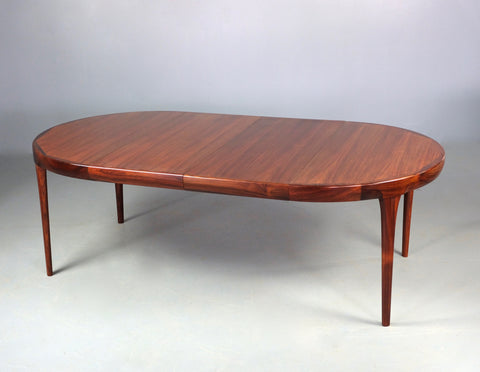 Ib Kofod Larsen Dining Table in Rosewood (2004940)