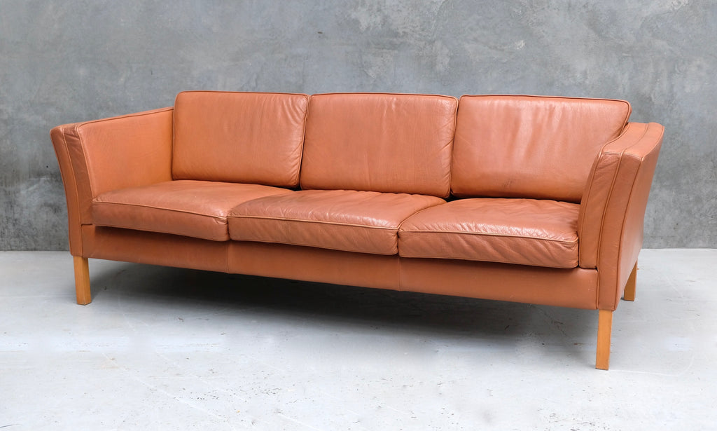 Danish Three Seater Sofa in Leather (2004942)