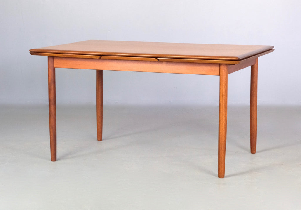 Danish Extension Dining Table (2004968)