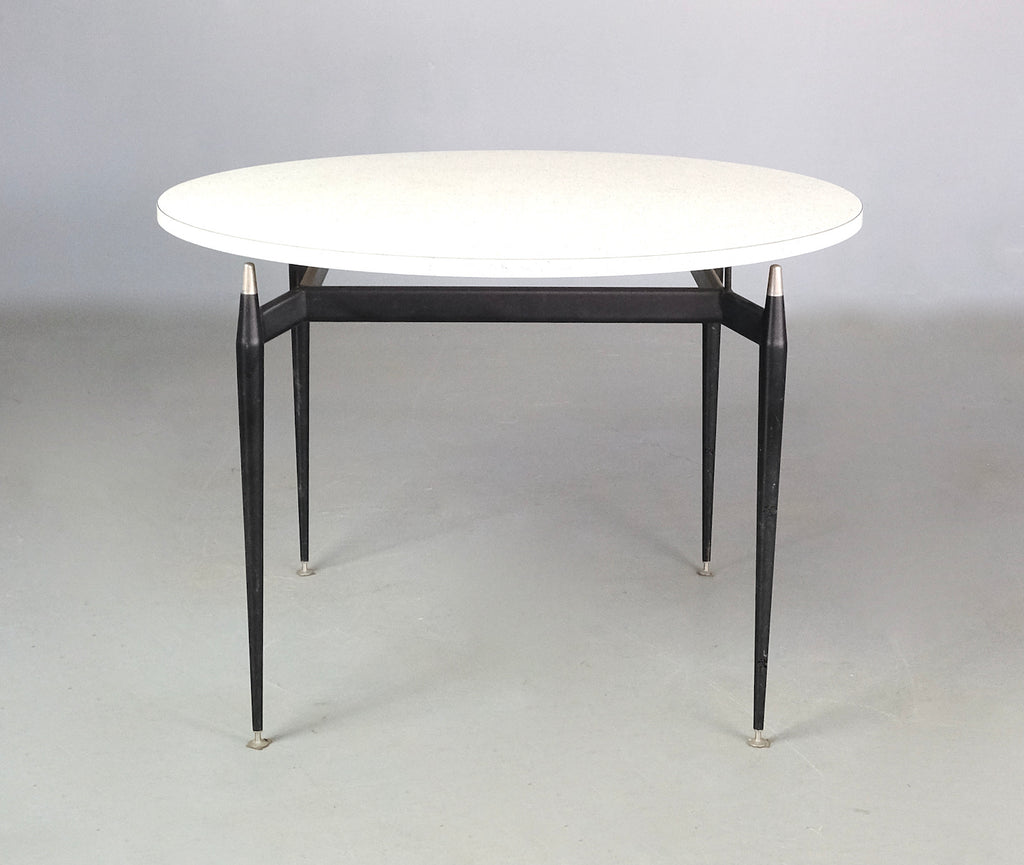 Round Featherston Scape Dining Table (2101908)
