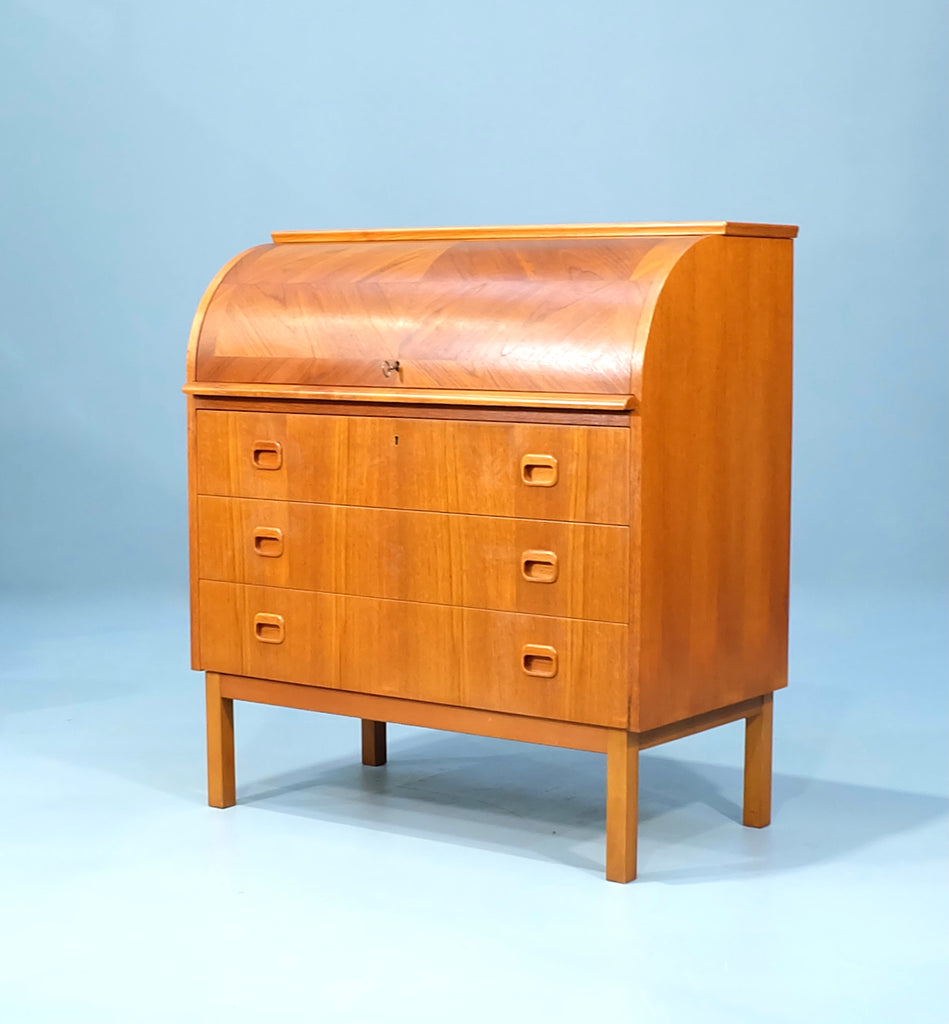Egon Ostergaard Writing Desk / Bureau in Teak (2101AK056)