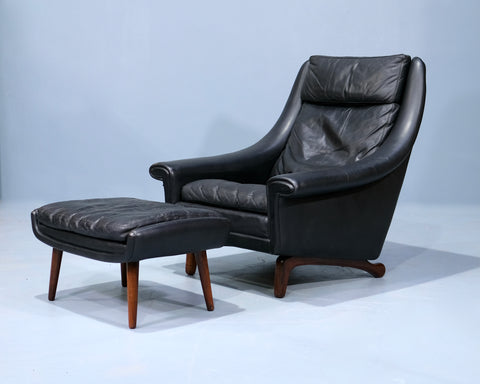 Danish Lounge Chair & Footstool in Leather (2102101)