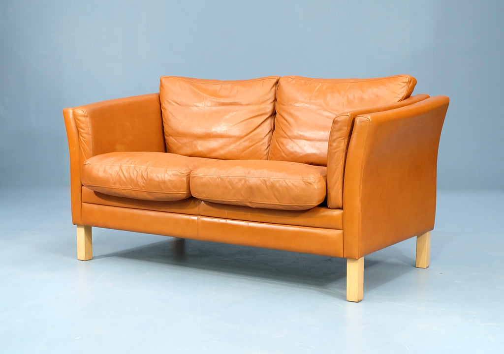 Danish Two Seater Sofa in Leather (2102938)