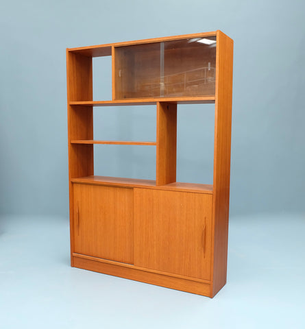 Mid-Century Wall Unit in Teak (2102903)