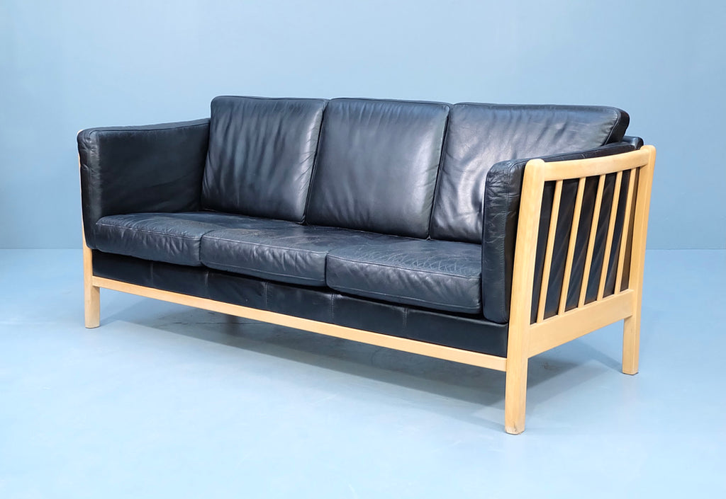 Three Seater Danish Sofa in Black Leather (2004293)