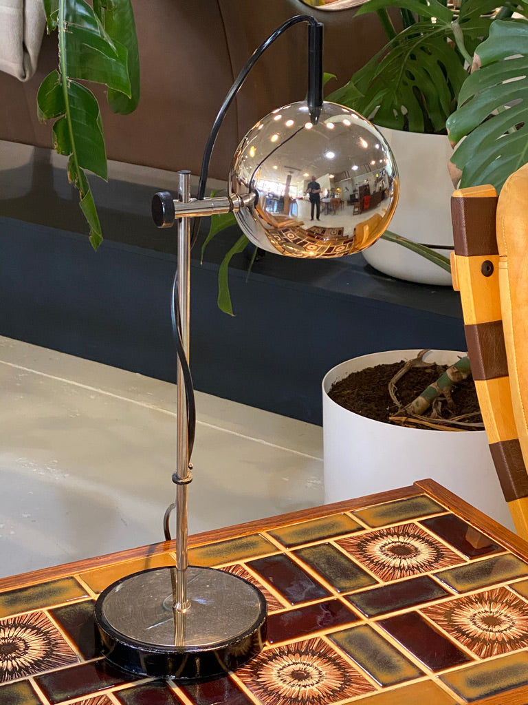 German Ball Table Lamp (2004BL001)