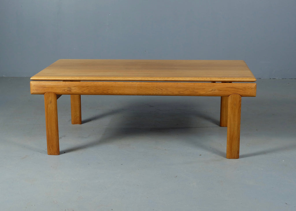 HW Klein Coffee Table in Oak (1904002.4)