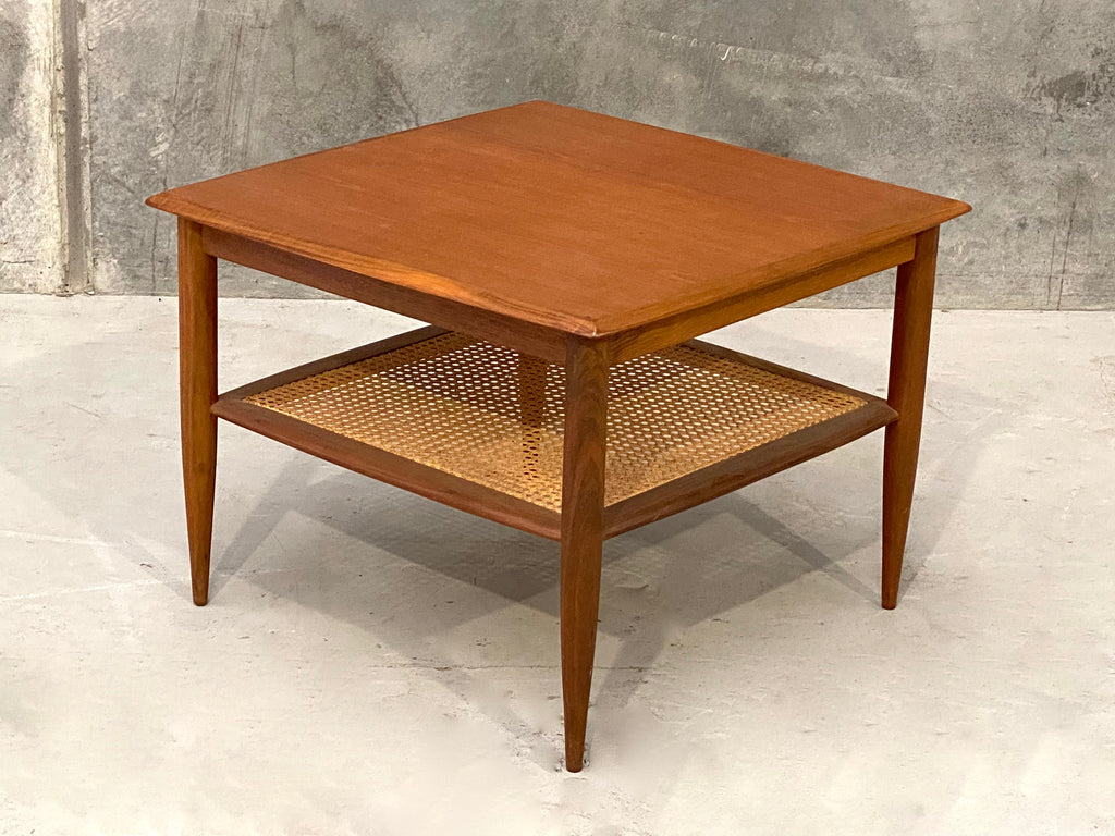 Parker Corner Table in Teak  (2101940)