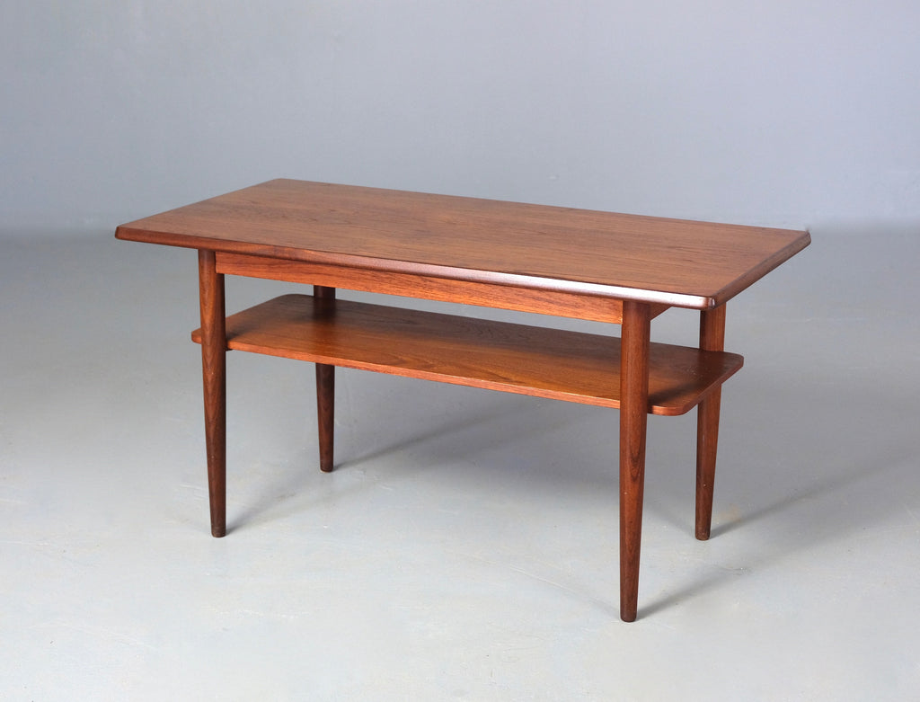 Small Danish Coffee Table in Teak (2003948)