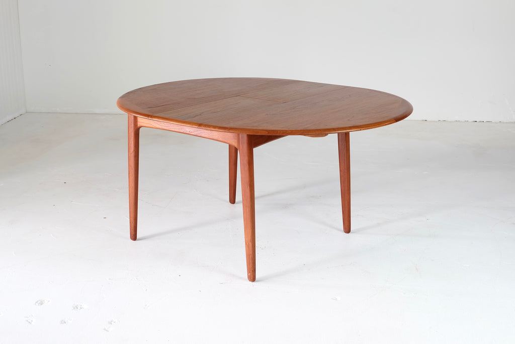 Svend Aage Madsen Extension Dining Table in Teak (1902921)
