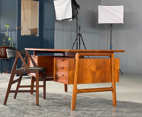 Gunni Omann Desk in Teak (2001938)