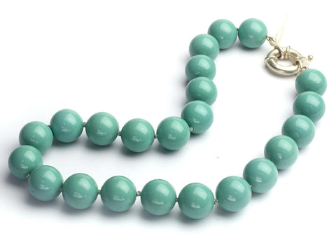 Swarovski large pearl knotted necklace: Jade