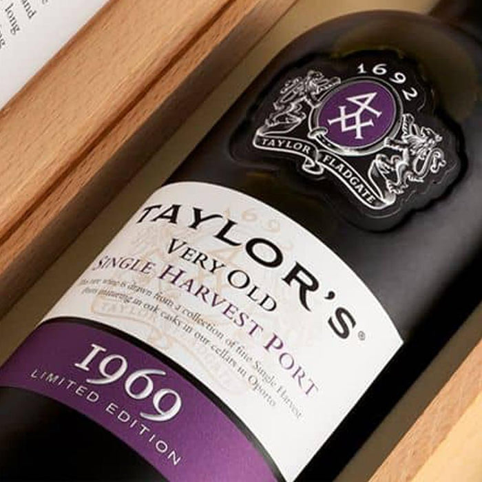 Taylors Very Old Single Harvest Vintage 1969 Port 75cl in Wooden Gift Box