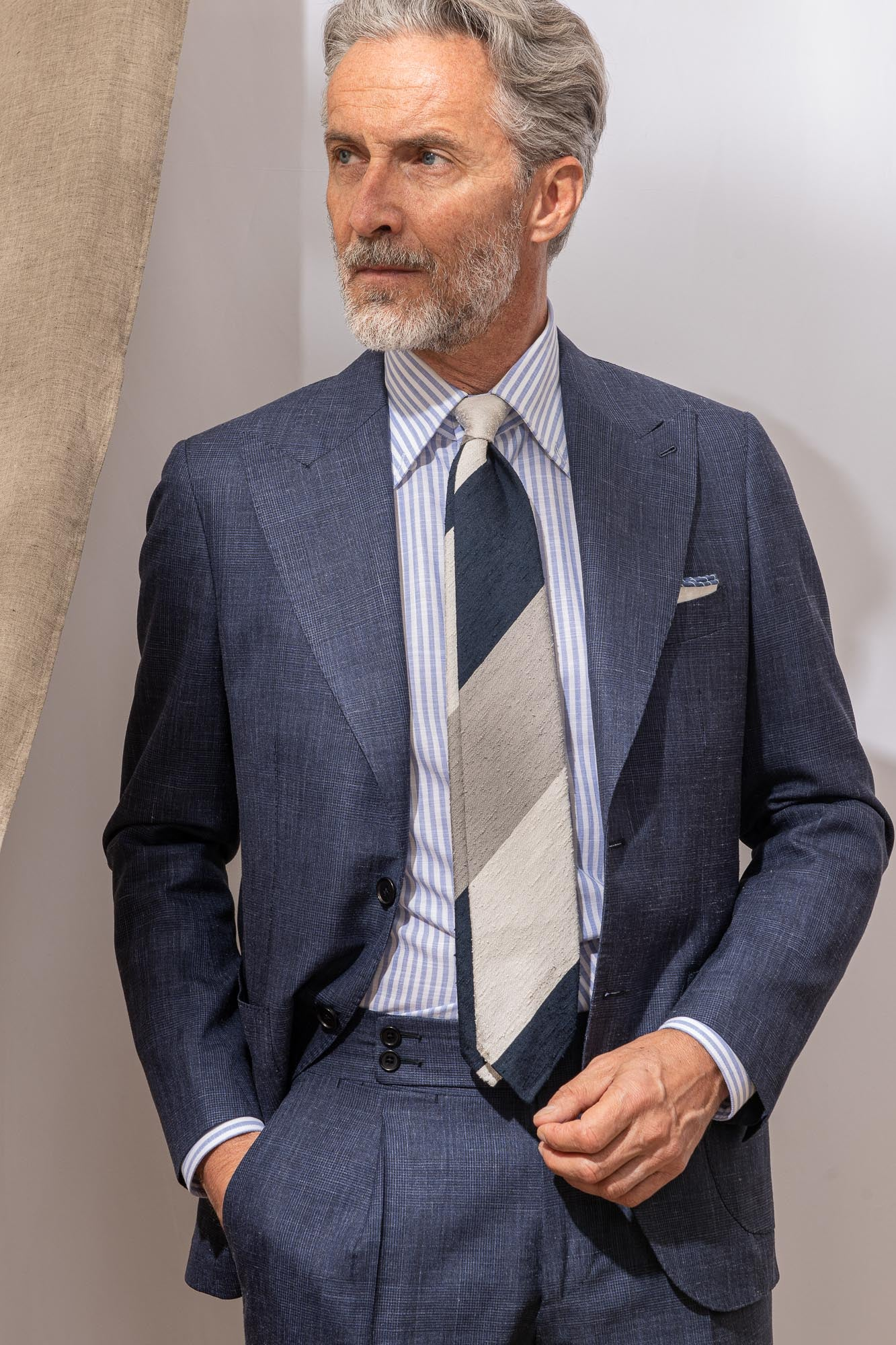 "Blue prince of wales suit ""Soragna Capsule Collection"" - Made in Italy"