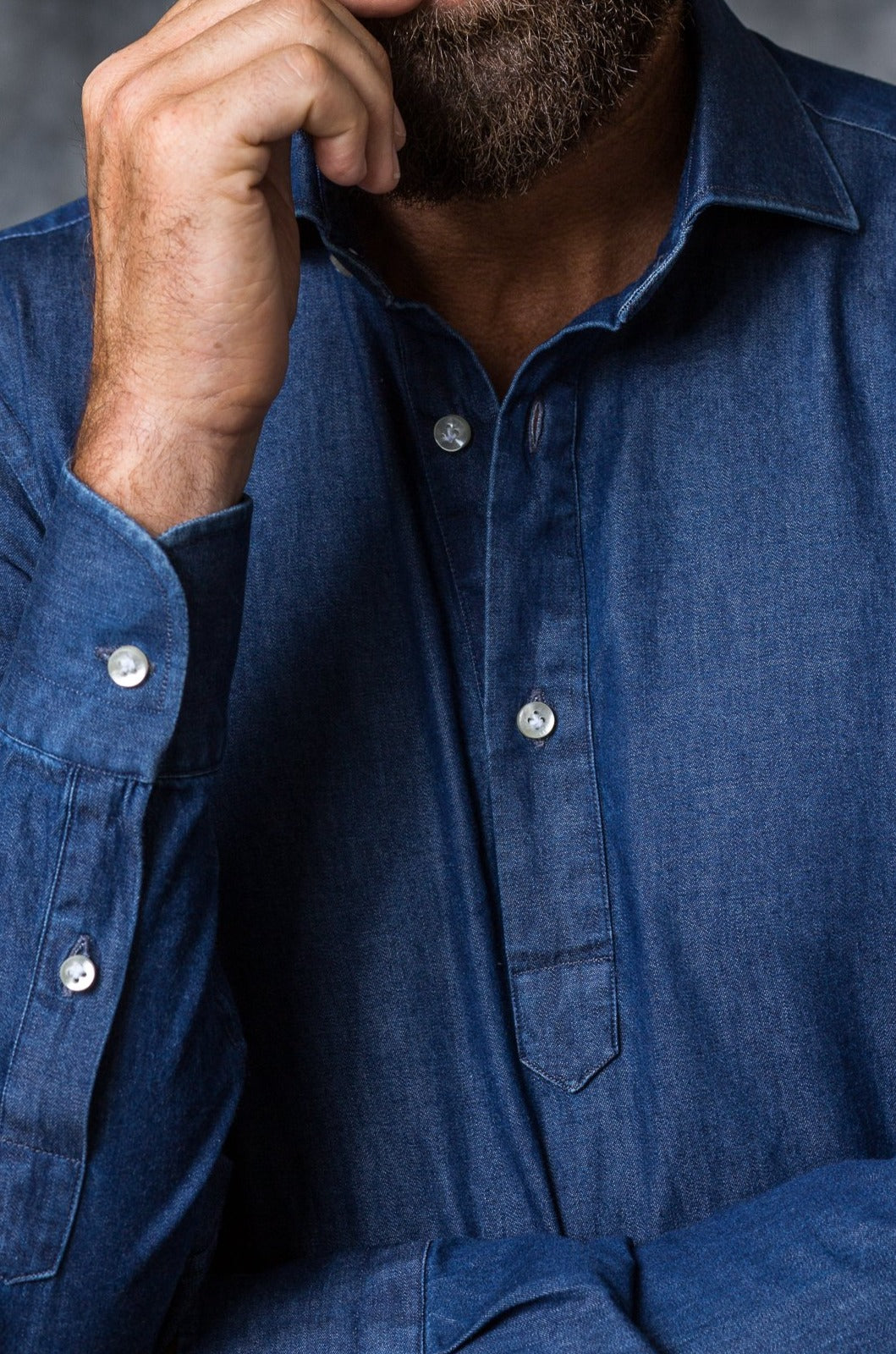 denim popover shirt made in italy denim shirt, chemise popover en denim homme, camicia in denim, chemise en jeans, popover shirt