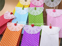 favour Stand up Colorful Polka Dots Paper Favor Bags with Paper Doilies Clamps Gift Packing Bags Treat Bags bakery food bags - GKandAa