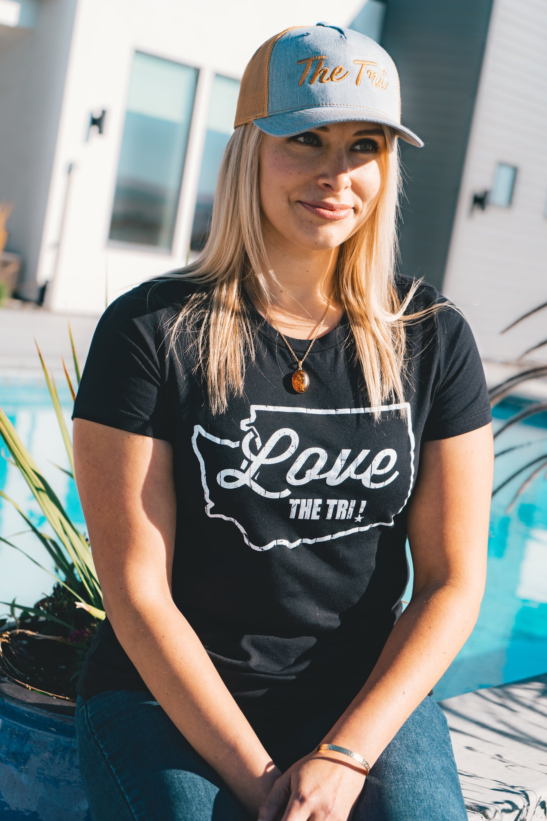 Women's State tee in black