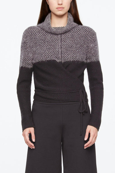 SARAH PACINI HERRINGBONE SEMI FIT FUNNEL NECK SHORT SWEATER 20211144