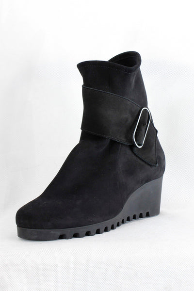 ARCHE NUBUCK RUBBER WEDGE SIDE ZIP BLACK BOOTS LARUNE